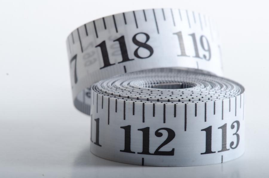 スイッチニッチのサイズを測るメジャー